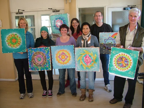 recent successful mandala silk painting workshop